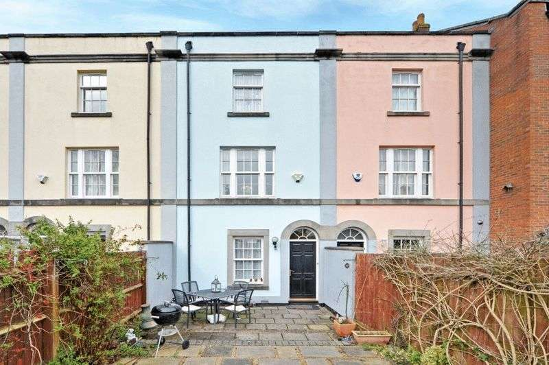 3 Bedrooms Terraced House for sale in Saville Mews, Kingsdown