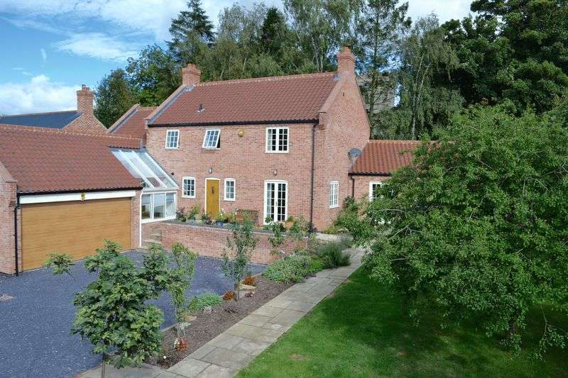 5 Bedrooms Detached House for sale in Church Street, South Leverton