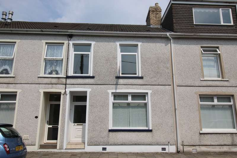 3 Bedrooms Terraced House for sale in Lambert Terrace, Aberdare Rhondda Cynon Taff, Caerffili, CF44