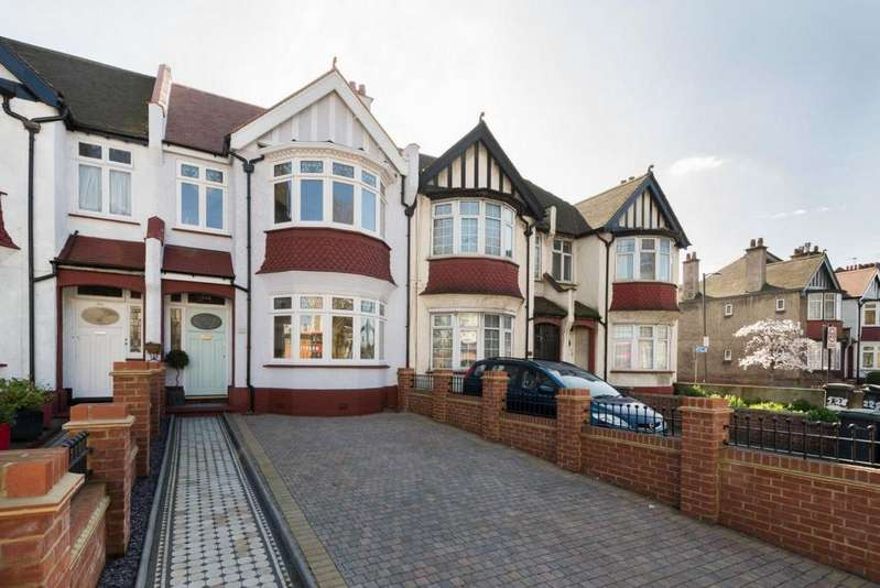 5 Bedrooms House for sale in New Cross Road, New Cross, SE14