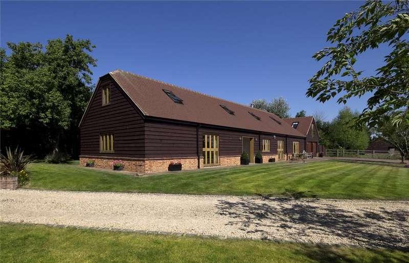 4 Bedrooms Detached House for sale in Bulls Lane, Little Ickford, Aylesbury, Buckinghamshire, HP18