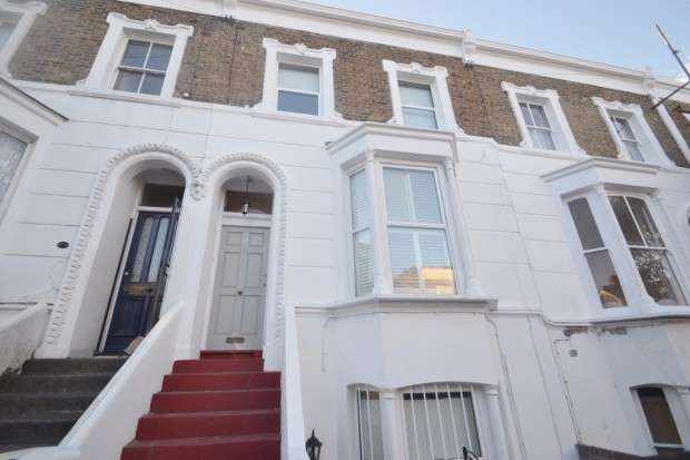 3 Bedrooms Maisonette Flat for sale in Kings Grove, Peckham, SE15