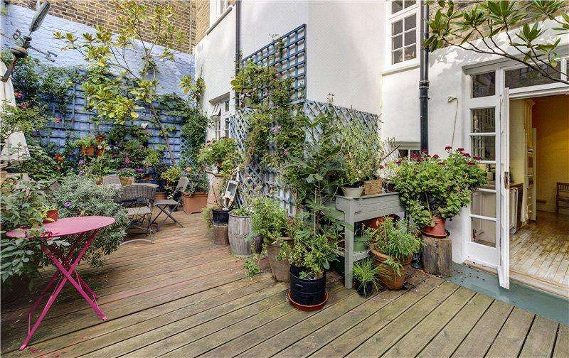6 Bedrooms Terraced House for sale in Connaught Square, Hyde Park Estate, Connaught Village, London, W2