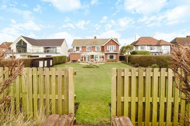 4 Bedrooms Detached House for sale in Summerley Private Estate, Felpham, Bognor Regis, PO22