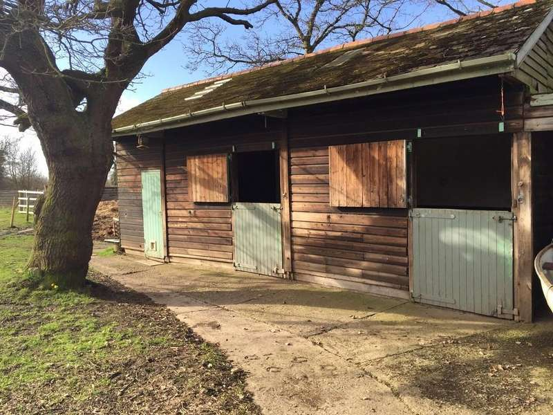Equestrian Facility Character Property for sale in Chester High Road, Neston