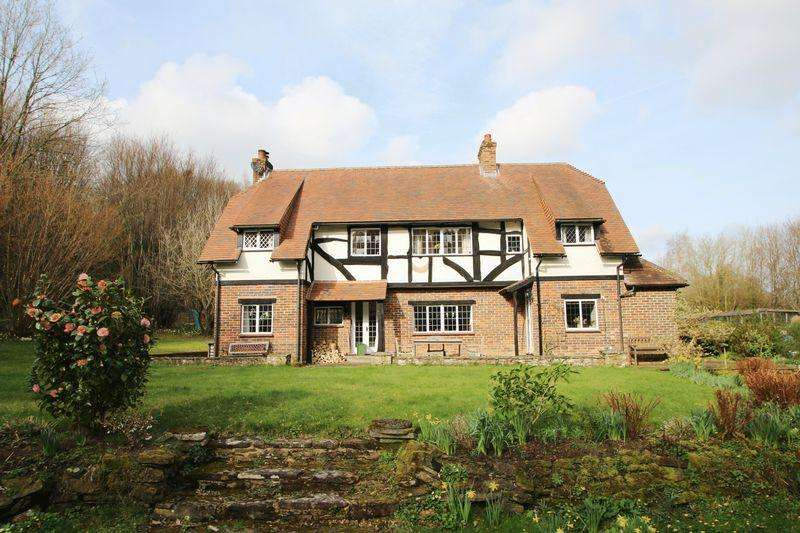 3 Bedrooms Detached House for sale in Guildford Road, Clemsfold, Slinfold