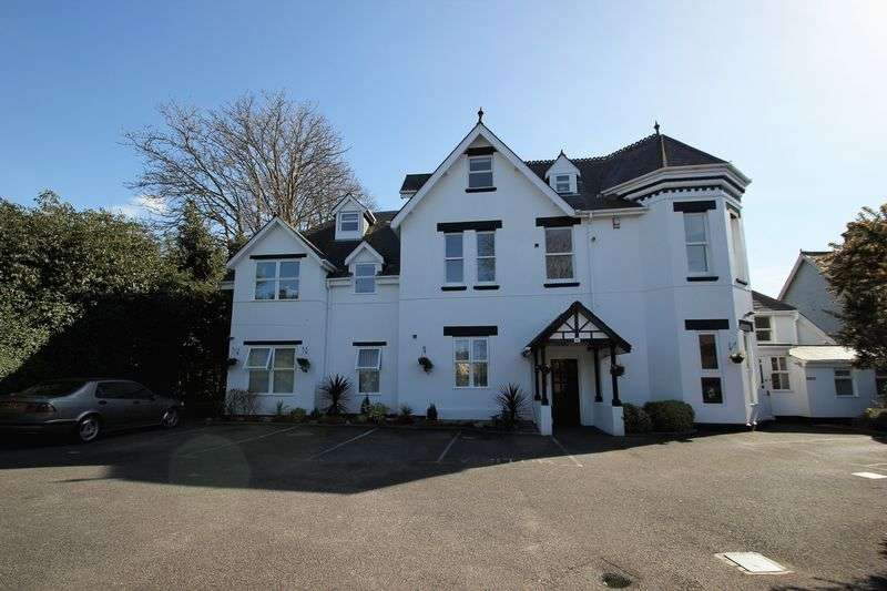 2 Bedrooms Flat for sale in 13 Cavendish Road, Bournemouth