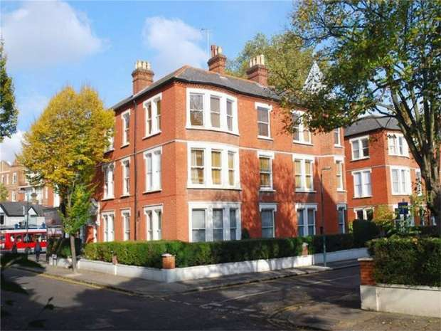 4 Bedrooms Flat for sale in Clevedon Mansions, Cambridge Road, St Margarets