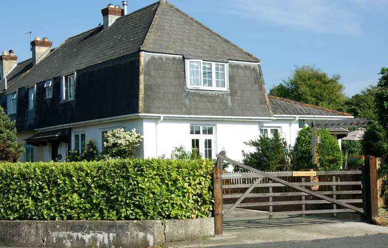 2 Bedrooms Cottage House for sale in Wellow, Isle of Wight