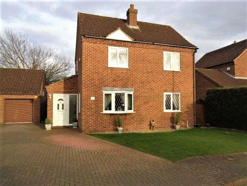 3 Bedrooms Detached House for sale in Glentham Court, Glentham