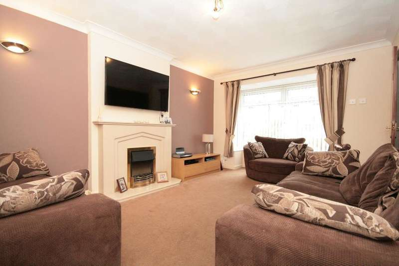 3 Bedrooms Semi Detached House for sale in Ingleton Road, Kew, Southport, PR8 6UL