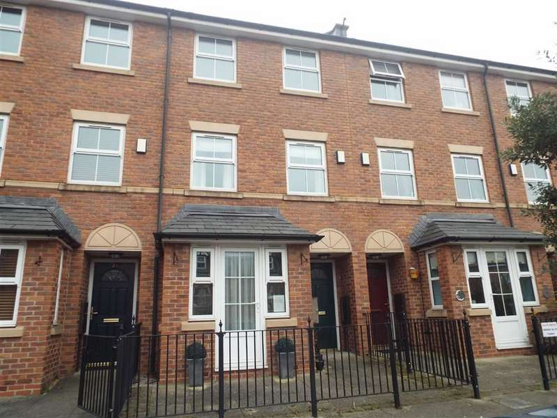 4 Bedrooms Property for sale in Bandy Fields Place, Salford