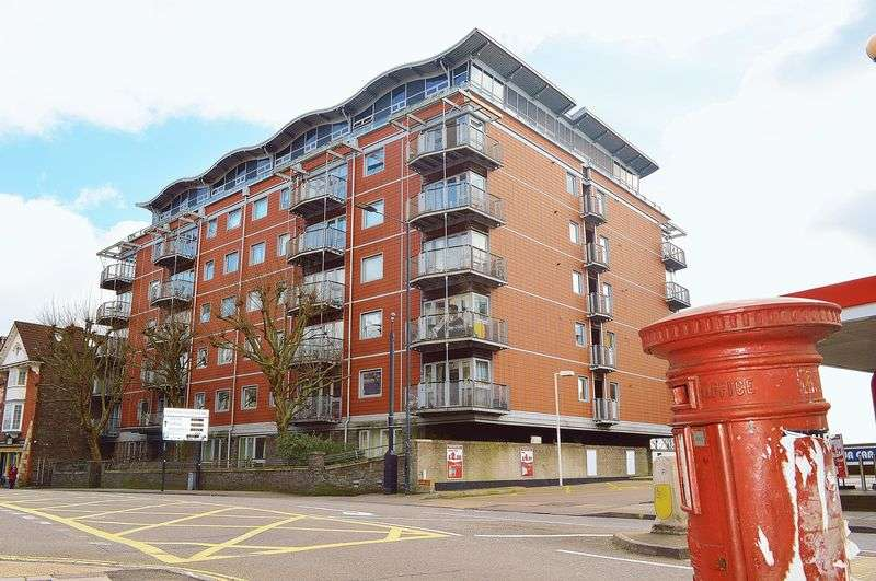 2 Bedrooms Flat for sale in Park Row, Bristol