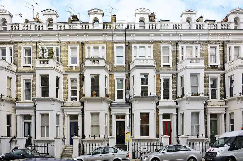 1 Bedroom Flat for sale in Westgate Terrace, Chelsea, SW10
