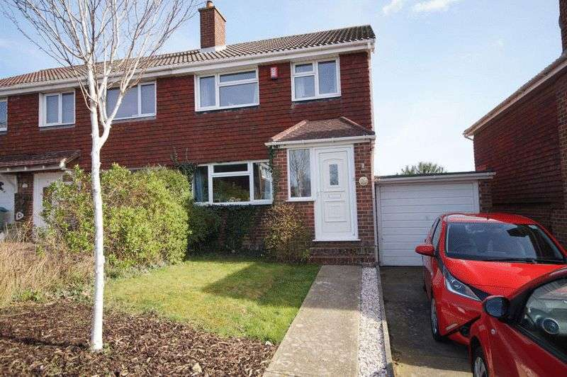 3 Bedrooms Semi Detached House for sale in Nyewood Avenue, Portchester