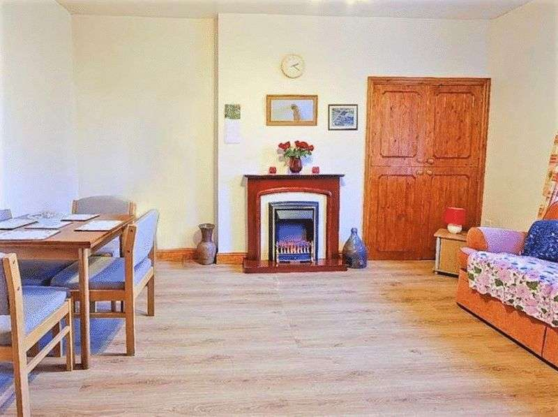 2 Bedrooms Terraced House for sale in Sagar Holme Terrace, Whitewell Bottom, Rossendale, BB4 9PD
