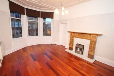 2 Bedrooms Flat for rent in Polwarth Street, Hyndland
