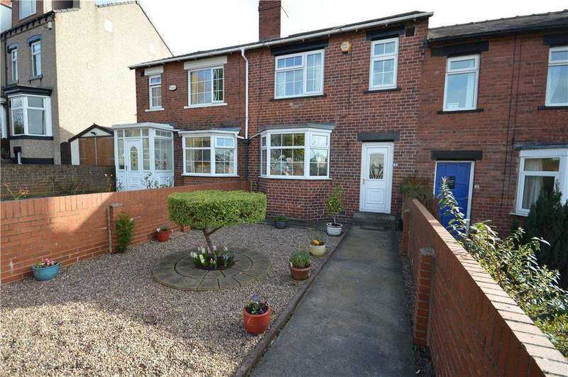 3 Bedrooms Terraced House for sale in Silver Royd Hill, Leeds, West Yorkshire