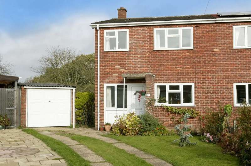 3 Bedrooms Semi Detached House for sale in Wymondham