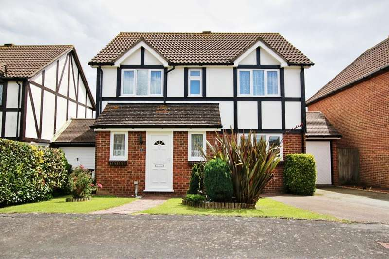 4 Bedrooms Detached House for sale in Market Place, Hailsham BN27
