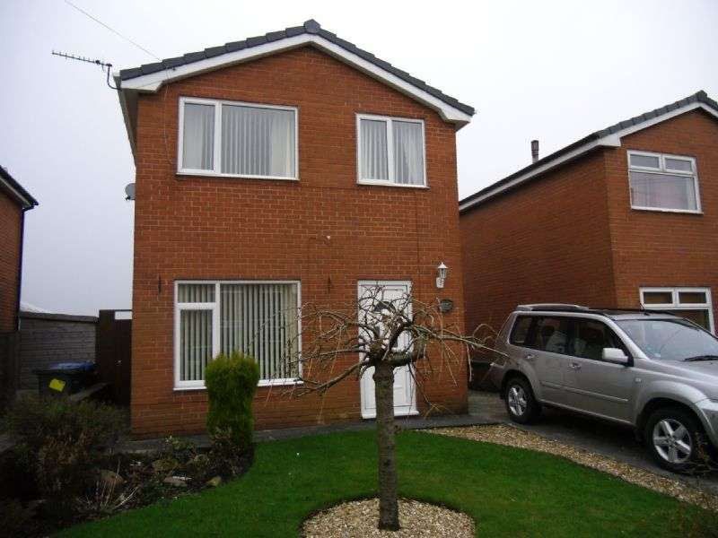 3 Bedrooms Detached House for sale in 82 Netherley Road Coppull, PR7 5FA