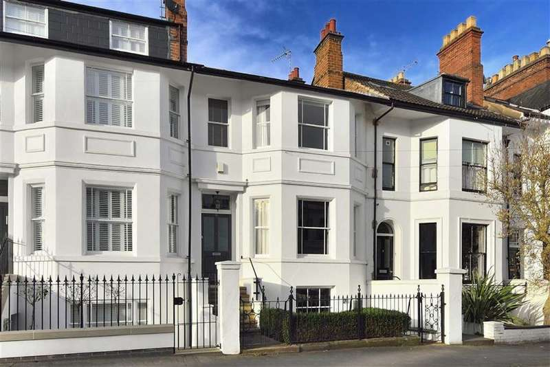 4 Bedrooms Town House for sale in Church Hill, Leamington Spa