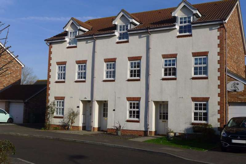 3 Bedrooms Terraced House for sale in STUBBINGTON