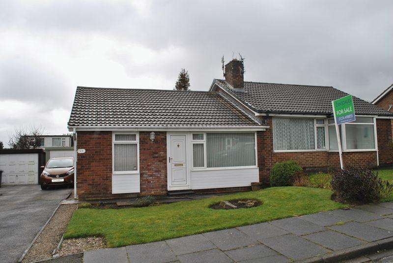 2 Bedrooms House for sale in Frensham Drive, Bradford, BD7 4AT