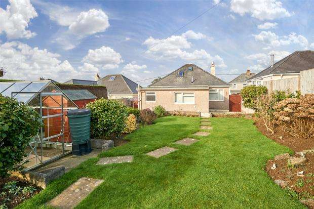 3 Bedrooms Detached Bungalow for sale in Long Park Road, Saltash, Cornwall