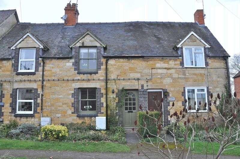 3 Bedrooms Terraced House for sale in School Street, Honeybourne, Evesham, WR11 7PL