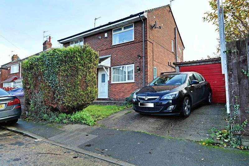 2 Bedrooms Semi Detached House for sale in Hopkins Street, Hull