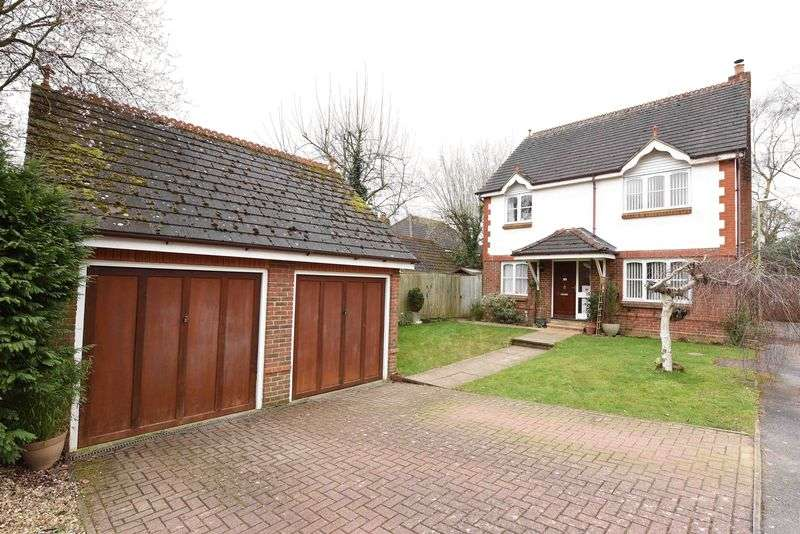 4 Bedrooms Detached House for sale in Strawberry Fields, Bramley