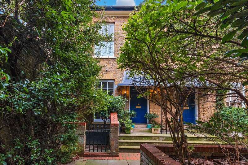 3 Bedrooms House for sale in Elderwood Place, West Norwood, London, SE27