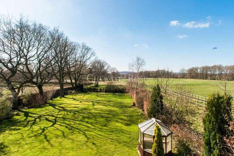 4 Bedrooms Detached House for sale in School Road, Windlesham