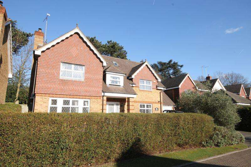5 Bedrooms Detached House for sale in ASHTEAD/LEATHERHEAD