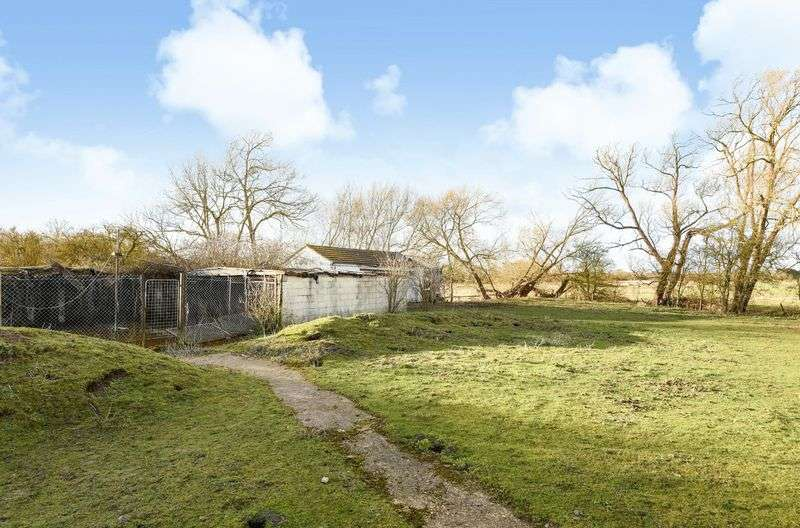 Land Commercial for sale in Drayton Road, Sutton Courtenay