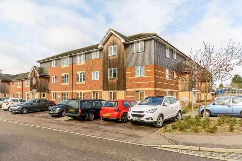 1 Bedroom Flat for sale in Wenham Place, Hatfield, Herts, AL10