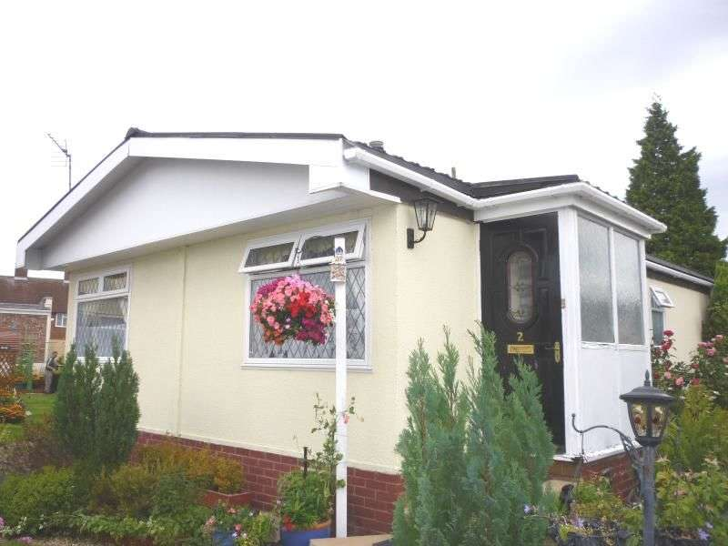 3 Bedrooms Detached Bungalow for sale in Four Winds Caravan Park, Broseley, TF12