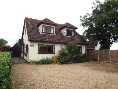 3 Bedrooms Detached House for sale in Coggeshall, Colchester, Essex