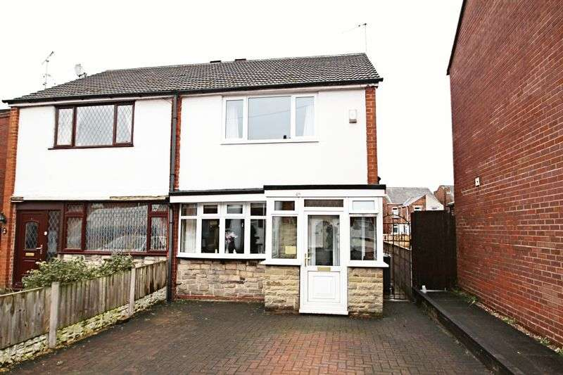 3 Bedrooms Semi Detached House for sale in Church Street. Talke