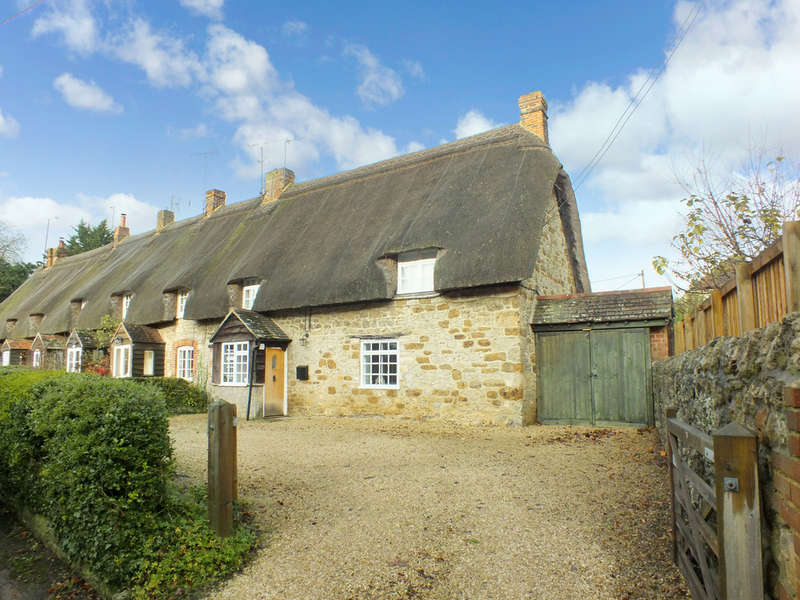3 Bedrooms Cottage House for sale in Shrivenham