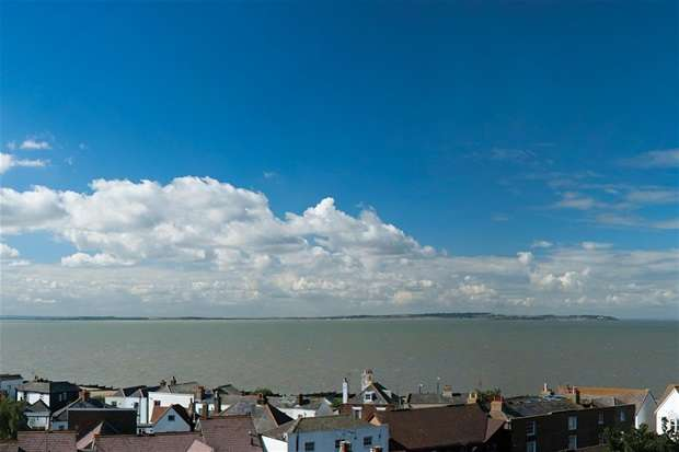2 Bedrooms Flat for sale in 23 High Street, Whitstable
