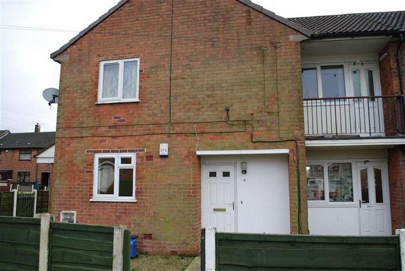 2 Bedrooms Flat for rent in Whinfell Drive, Middleton, Manchester