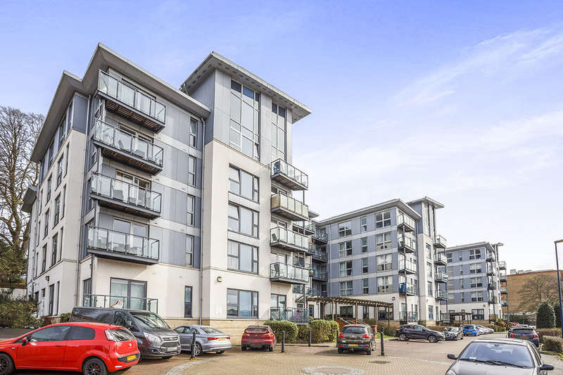 1 Bedroom Flat for sale in Mckenzie Court, Maidstone, ME14