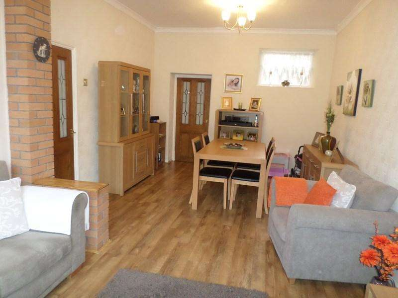 3 Bedrooms Terraced House for sale in Brynhyfryd Terrace, Ferndale