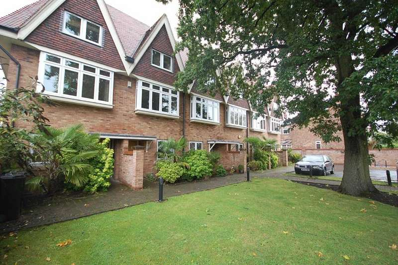 4 Bedrooms Town House for sale in Pownall Place, Bramhall Lane S, Bramhall
