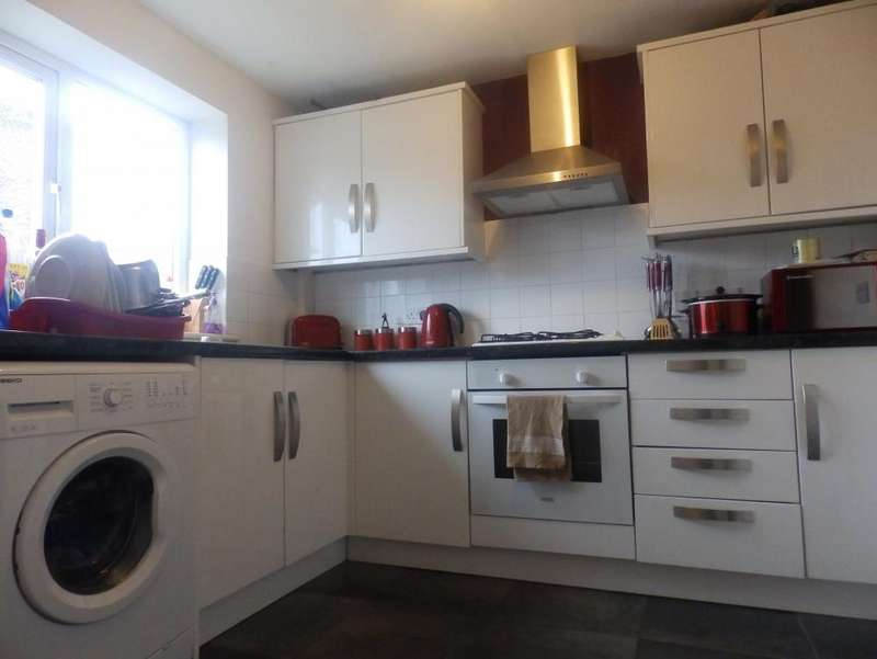 3 Bedrooms Semi Detached House for sale in Ribbleton, Preston, PR2