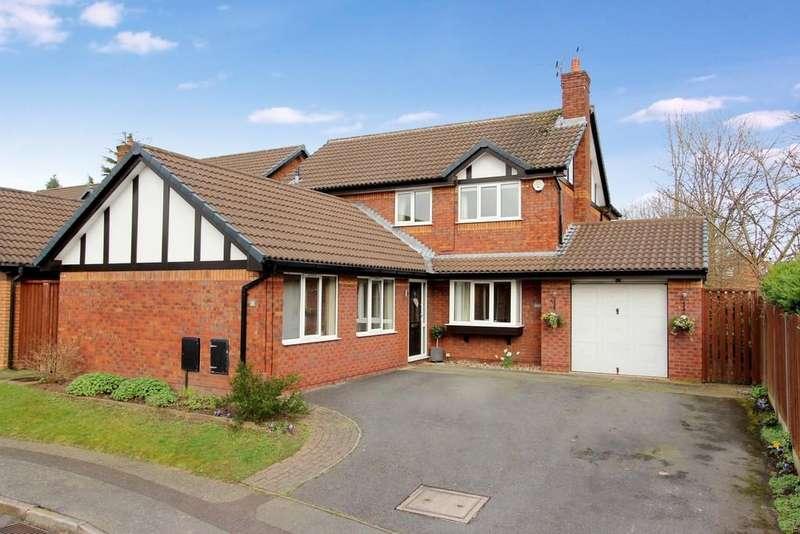 4 Bedrooms Detached House for sale in Marlcroft Avenue, Heaton Norris/Moor
