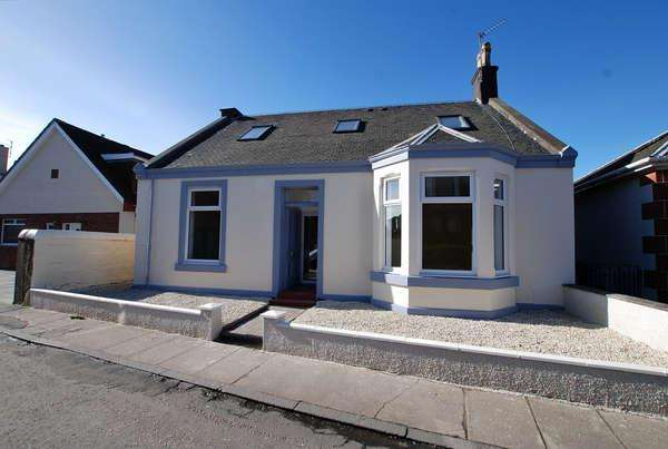5 Bedrooms Detached Bungalow for sale in The Dhorlin, 6 Montgomerie Road, Prestwick, KA9 1QT