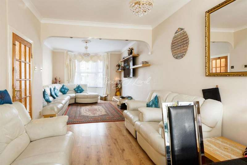 3 Bedrooms Terraced House for sale in Clonbrock Road, N16